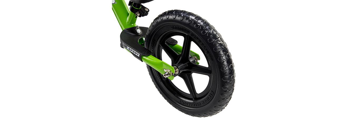 Detail image of rear wheel of 12 Sport