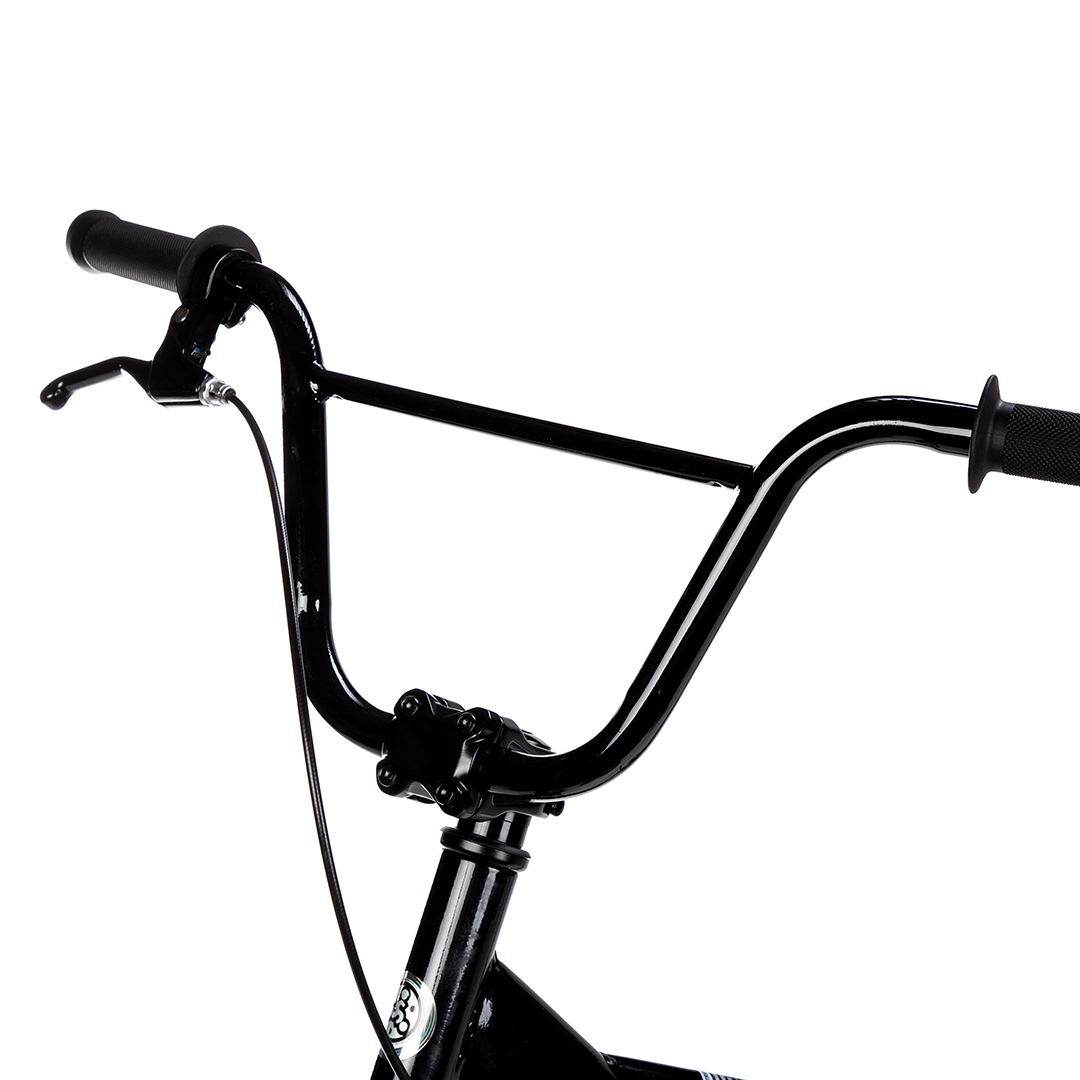 "Studio image of Strider 20"" handlebars"