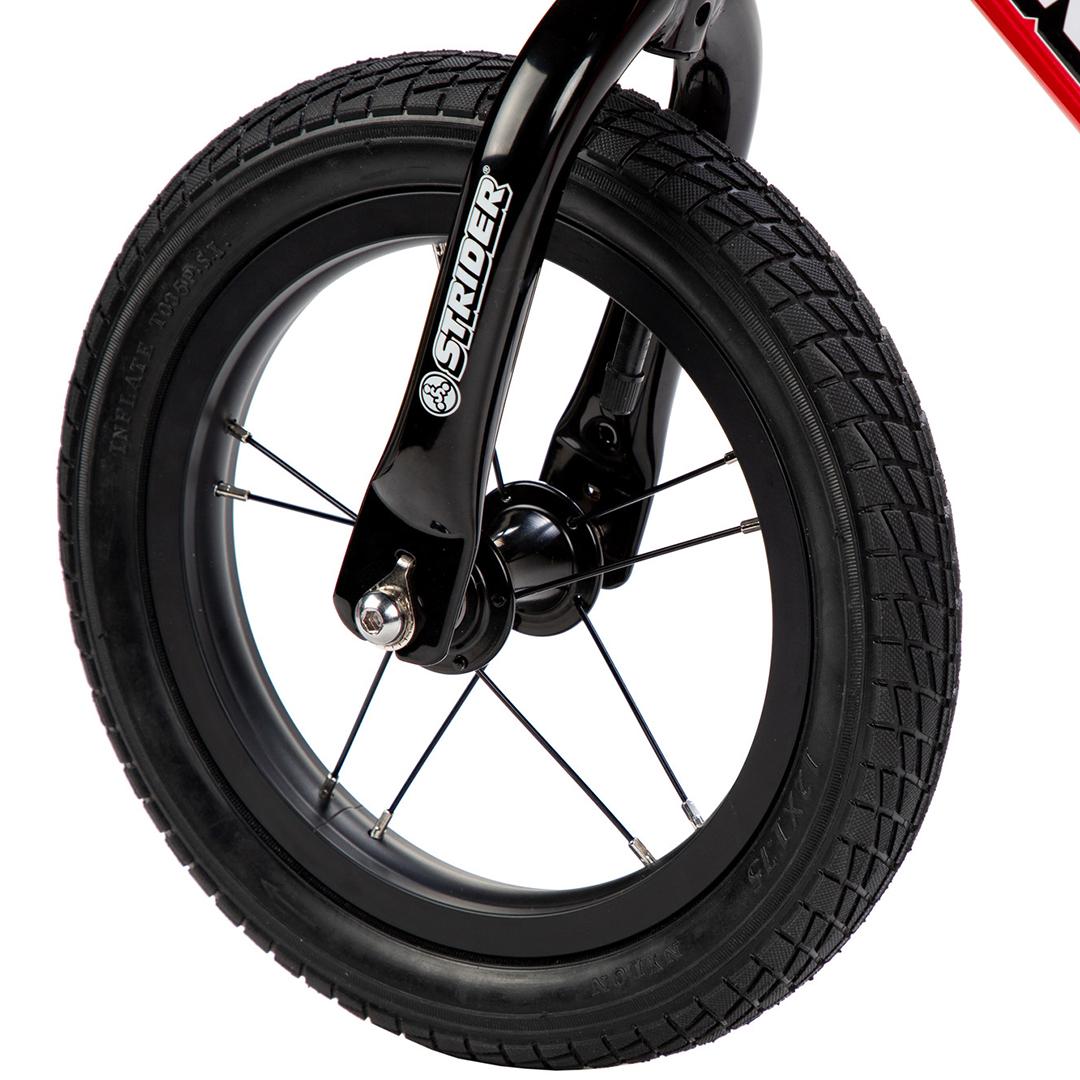 Strider Bikes High Traction Wheelset Detail View 01